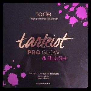 Tarte PRO GLOW & BLUSH Palette